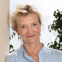 Elizabeth Strout in Conversation with Mary Ann Gwinn