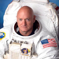 Scott Kelly in conversation with Andrew McIntosh
